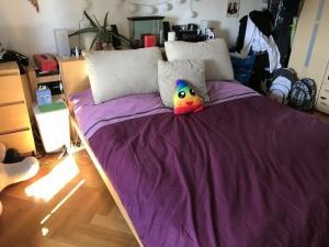 URENT! lit complet sans matelas sommier