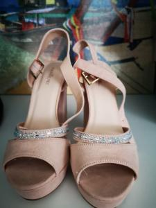 Chaussures taille 37