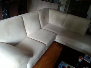 A vendre canapé en L angle à droite