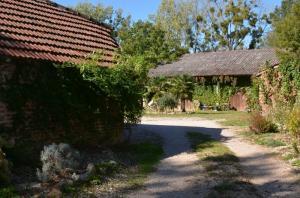 ferme bressanne sur 1.4 hectares