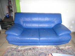Canapé en cuir bleu
