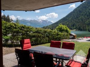 Superbe appartement 3.5 pièces avec vue sur le Lac et situé au centre!
