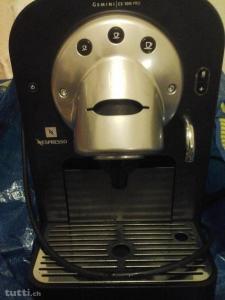 Gemini 100 pro Nespresso machine a cafe