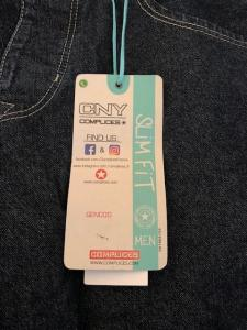 2 jeans neufs