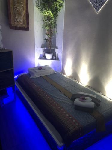 Massage thai/huile:ouvert 7 jours sur 7