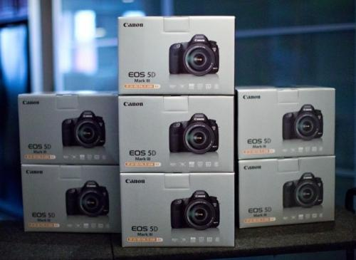 Canon EOS 5D Mark III + 24-105mm Objecti