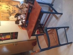 Trio de meubles de la même collection