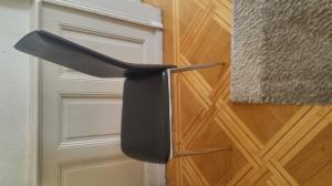 chaises noirs x8