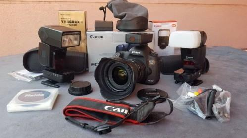 Canon eos  5d Mark III 22.3mp
