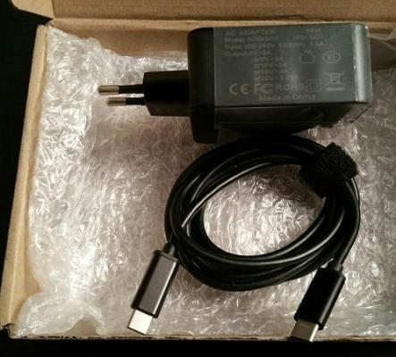 Adaptateur câble pour Tablette -Neuf-