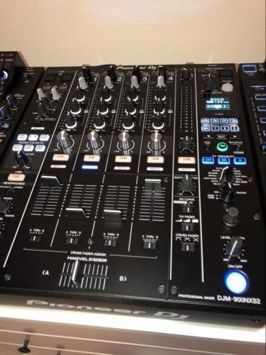 platine CDJ2000 et DJM 900