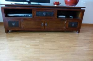 Vends lot de 4 beaux meubles en bois vernis